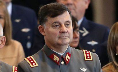Comandante en jefe del Ejército: Mis viajes son todos regulares