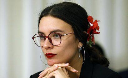 Camila Vallejo piensa en dejar el Congreso, igual que Boric y Jackson