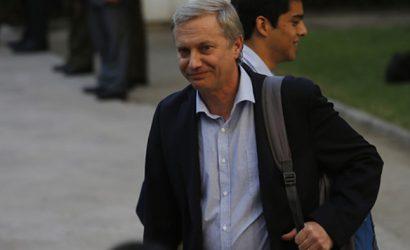 Eliminan a J. A. Kast de encuesta presidencial de analistas políticos