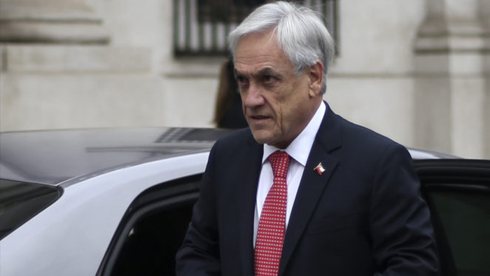 Piñera cancela gira por Europa tras polémica por invitar a sus hijos a Asia