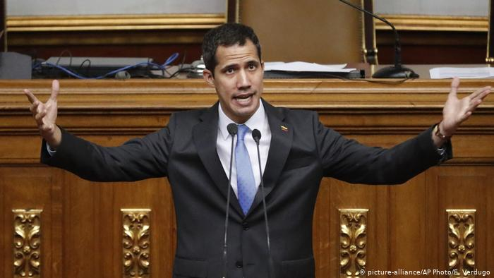 La Asamblea Nacional vuelve a reunirse en Venezuela