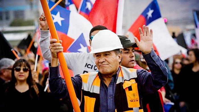 Sindicatos 1,2 y 3 de Chuquicamata aprueban última oferta de Codelco y ponen fin a la huelga
