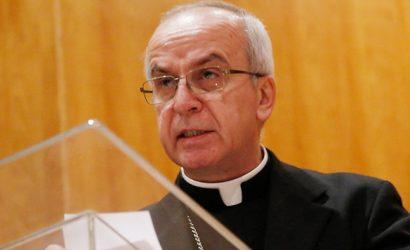 Las reacciones que dejó el traslado a Portugal del nuncio apostólico Ivo Scapolo