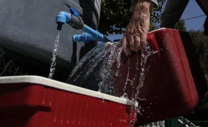 """Alcaldesa de Puerto Octay apunta a """"intencionalidad"""" en contaminación del agua"""
