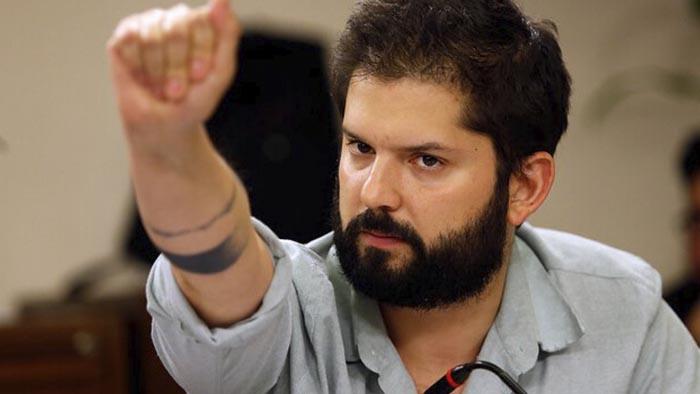 """Bernardo de la Maza arremetió contra Boric tras opinión sobre cambio de gabinete: """"Antes de que nos quememos todos, tú incluido"""""""