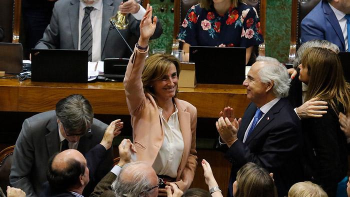 Cubillos sortea acusación constitucional y resultado desata nueva fractura en la oposición