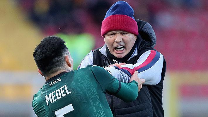 """Prensa mundial comenta la insólita discusión entre Medel y su DT y califica como un """"ataque"""" la reacción del chileno"""