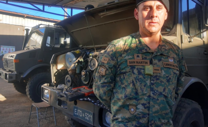 """Conocimientos en electromecánica de Reservista del Regimiento """"Chillán"""" ayudan a mantener los vehículos operativos"""