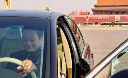 Li Shufu, el magnate chino que quiere adueñarse de Mercedes-Benz y que Volvo deje de ser sueca