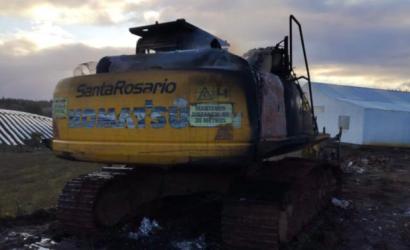 Desconocidos queman maquinaria en casa del lonco mapuche Aniceto Norin en Traiguén