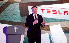 Tesla dividió sus acciones para que sean más accesibles para los inversores individuales