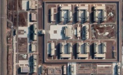 Fotos satelitales desmienten al régimen chino: revelaron que construyó casi 400 campos de confinamiento para la minoría uigur en Xinjiang