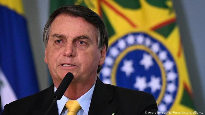 Bolsonaro asegura que va a «erradicar al comunismo» de Brasil