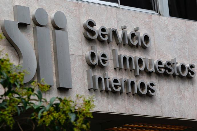 MÁS DE 62 MILLONES DE DÓLARES RECAUDÓ EN SU DEBUT EL IVA A SERVICIOS DIGITALES