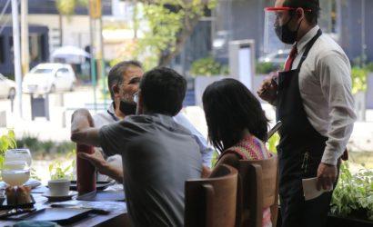Desempleo en Chile disminuye por tercer trimestre móvil consecutivo pero sigue en dos dígitos: 11,6%