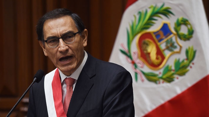 Congreso peruano aprueba moción de vacancia y destituye al Presidente Martín Vizcarra