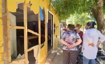 «Empezaron a pegar hachazos»: violenta pelea termina con casa destruida en Graneros