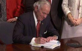 Carolina del Sur prohíbe abortar tras detectarse el latido y son ya 12 estados con esta ley provida
