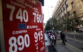Dólar completó su cuarta subida semanal en el país