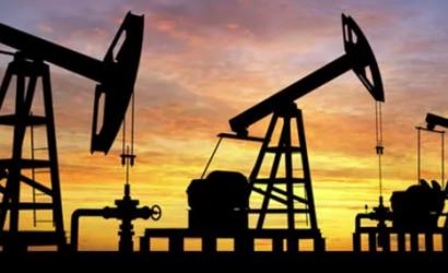 Venezuela envía gratis petróleo a Cuba mientras su pueblo no puede abastecerse