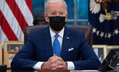 El mandato de vacunación de Joe Biden no existe. Es solo un comunicado de prensa