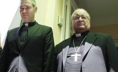 Vaticano confirmó regreso a Chile de Scicluna y Bertomeu