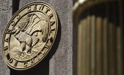 Banco Central toma medidas para fortalecer liquidez internacional del país y dólar reacciona al alza