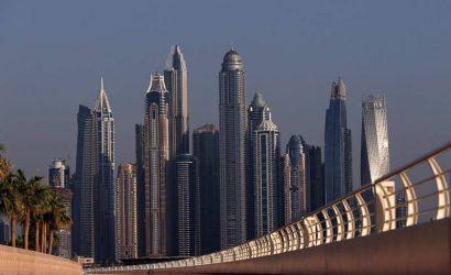 Dubái, refugio de europeos ricos que huyen de cuarentenas y buscan su vacuna COVID
