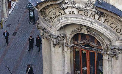 Bolsa de Santiago sufre mayor caída del año por resultados electorales