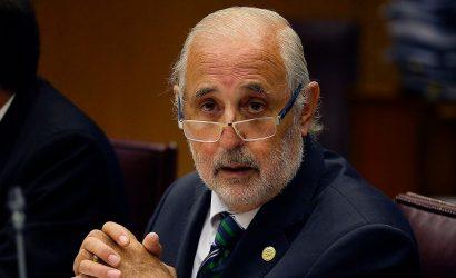 Abbott se alinea con la Suprema y pide a fiscales no perseguir por art. 318 si no se acredita riesgo