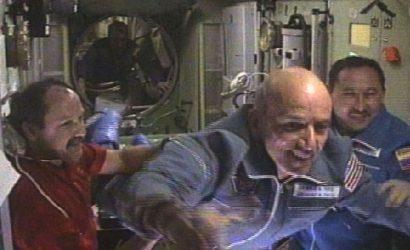 Primer turista espacial dice que fue el mejor momento de su vida