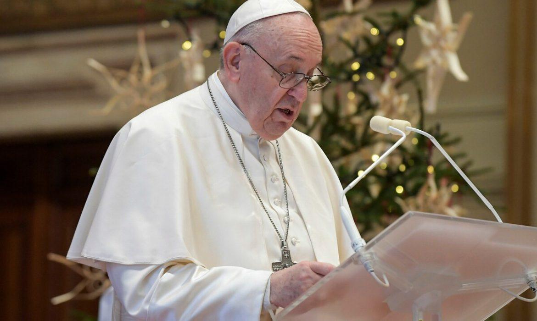 """Papa Francisco: La familia está formada por """"lo masculino y lo femenino"""""""