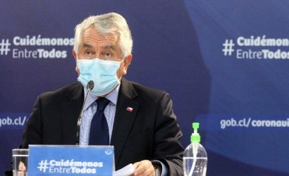 Enrique Paris en la mira por no incorporar a recuperados de covid-19 en pase de movilidad