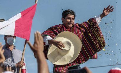 Periodista argentino confunde al presidente Pedro Castillo con un mariachi