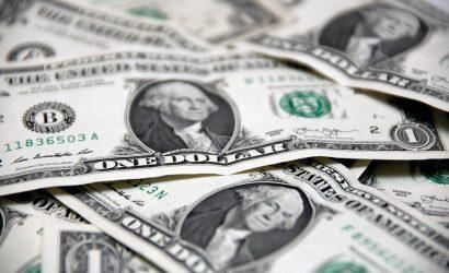 «Factores idiosincráticos» castigan al peso chileno y el dólar se encamina a los $800